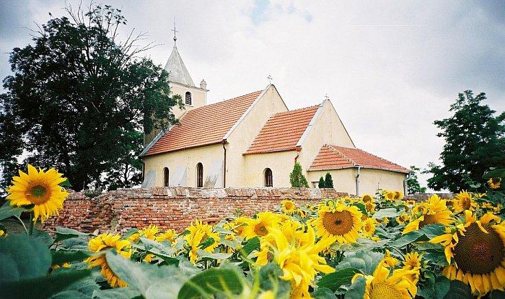 Kismácsed, templom - Varga Ferenc fotója