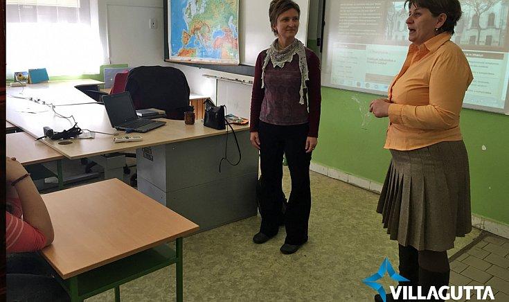 A Harmónium munkatársai a pénteki nap folyamán ellátogattak a város három magyar alapiskolájába