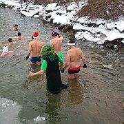Rozmárok, jegesmedvék és jégkrémek a Vágban Gútánál
