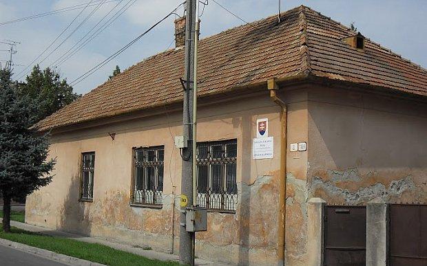 Költözik a magyar speciális iskola