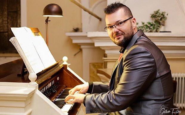 Igényes orgonamuzsikát ad karácsonyra Nagy István